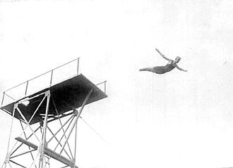 Diving (sport) - Swedish high diver Arvid Spångberg at the 1908 Olympic Games from the fourth Olympiad.