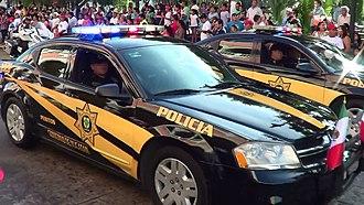 Yucatán State Police - Image: Dodge Avenger Yucatan Police