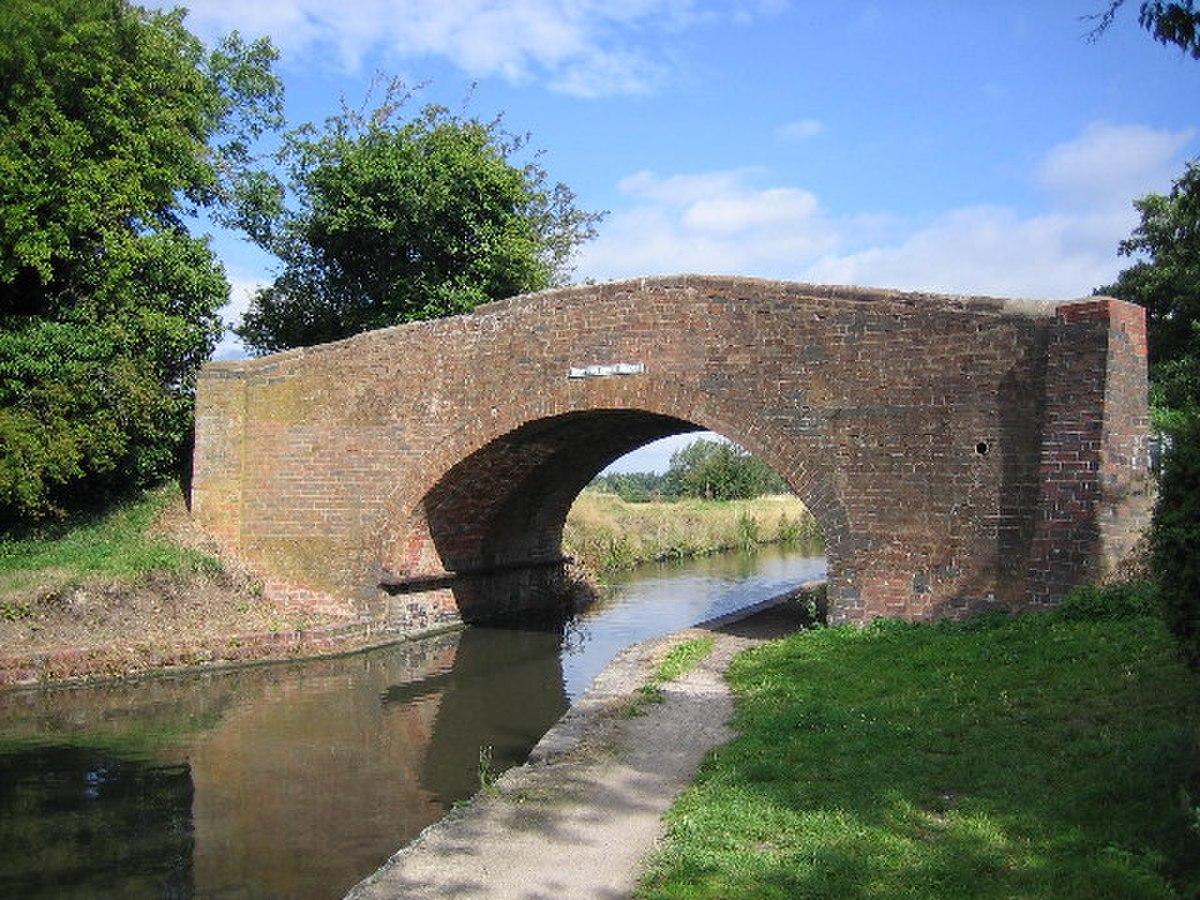 Drayton Brick Bridge - geograph.org.uk - 44610.jpg