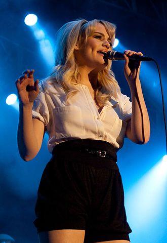 Heaven (Rebecca Ferguson album) - Image: Duffy at Murcia, Spain 2009 (cropped)