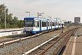Duivendrecht GVB 75-76 als lijn 50 naar de Isolatorweg (20878471239).jpg