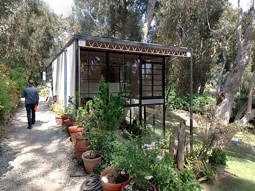 Eames-House-Case-Study-House-No-8-Pacific-Palisades-California-04-2014c