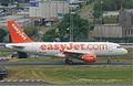 EasyJet Airbus A319-111; G-EZIH@CDG;10.07.2011 605gx (5939295153).jpg