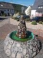 Edelsteinbrunnen Kirschweiler 2.jpg