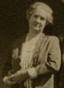 Edith Daley, 1922.png