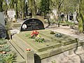 Edward Dziewoński grób.JPG