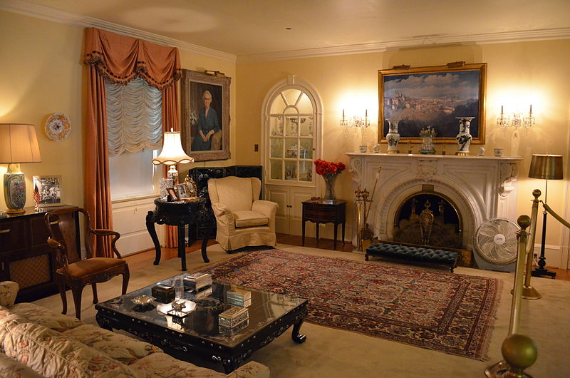 File Eisenhower Nhs Living Room Jpg Wikimedia Commons