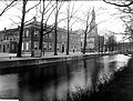 ErfgoedLeiden LEI001015271 Steenschuur in Leiden met de Lodewijkskerk.jpeg