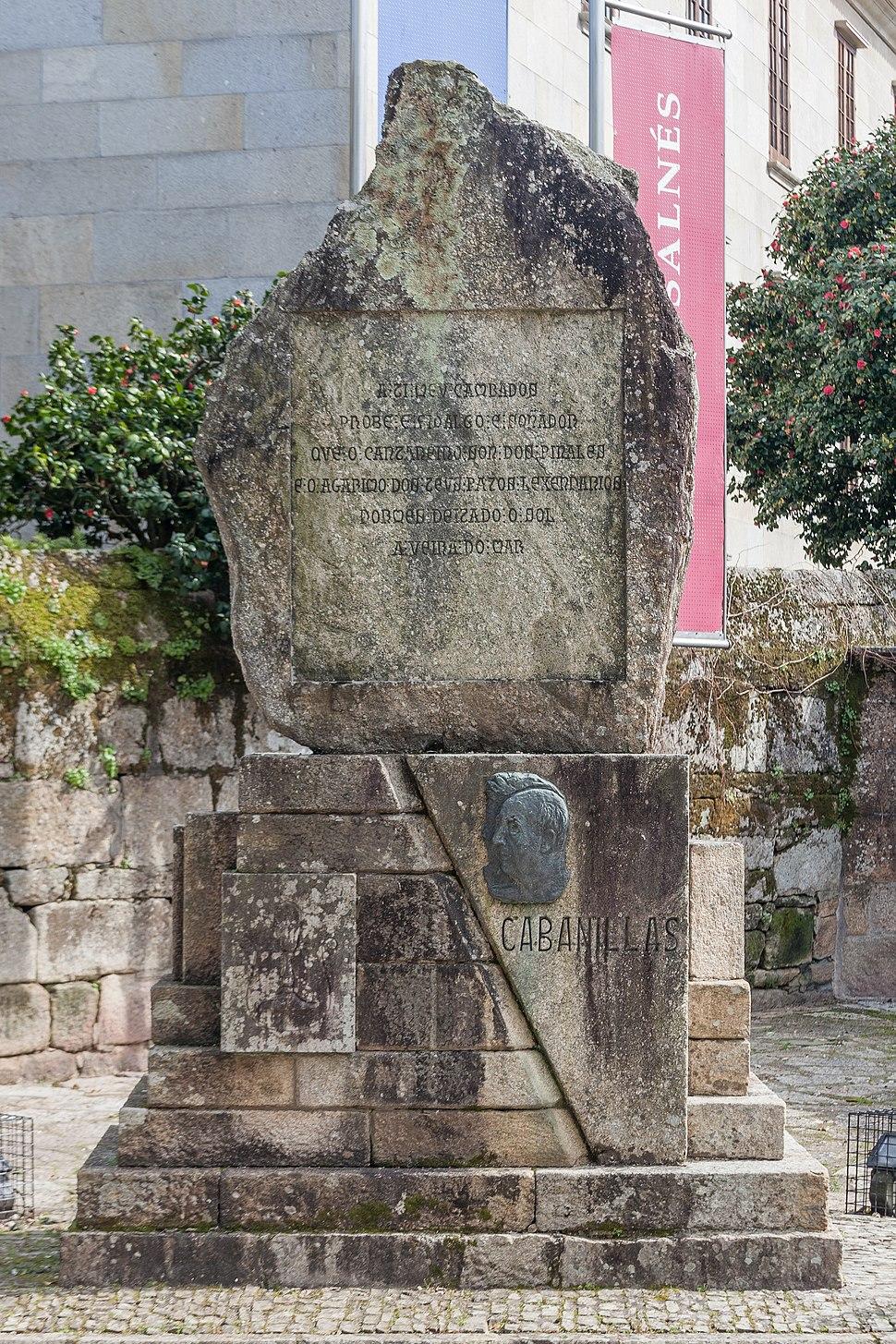 Monólito de Asorey a Cabanillas, en Cambados.