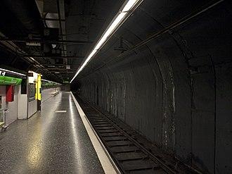 Barcelona Metro line 3 - Espanya station.