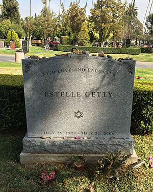 Estelle Getty - Grave of Estelle Getty at Hollywood Forever Cemetery