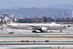 Etihad Airways, Boeing 777-237(LR), A6-LRD - LAX (21517227004).jpg