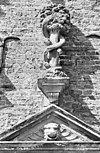 exterieur voorgevel, natuurstenen ornamenten, detail - ambt delden - 20273657 - rce