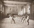 Fäktning Gymnastiska Centralinstitutet Stockholm ca 1920, gih0073.jpg