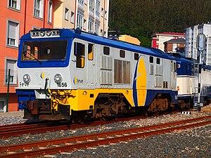 Transcantábrico - A FEVE 1600 Series locomotive at Viveiro