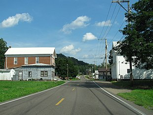 """<a href=""""http://search.lycos.com/web/?_z=0&q=%22Tennessee%20State%20Route%2093%22"""">State Route 93</a> in Fall Branch"""