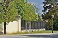 Fence near Engelstor, Schönbrunn 01.jpg