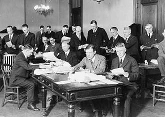 66th United States Congress - Senate Elections Committee engaged in the counting of the Ford-Newberry vote. Tellers in the foreground of the picture are Senators Walter E. Edge and Selden P. Spencer.