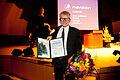 Forfattaren Gyrdir Eliasson mottar Nordiska Radets litteraturprispris vid Nordiska Radets session 2011 i Kopenhamn (2).jpg