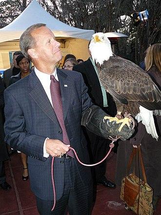 Frank Brogan - Brogan holding a bald eagle in 2009