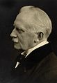 Frederick Foord Caiger. Photograph by Elliott & Fry. Wellcome V0026151.jpg