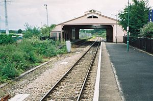 Wilts, Somerset and Weymouth Railway - Frome station and the original roof in 2004