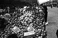 Fruits stand in Taihoku circa 1940.jpg