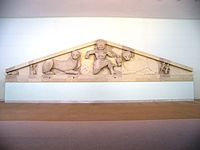 Full Medusa pediment at the Archaelogical museum of Corfu.jpg