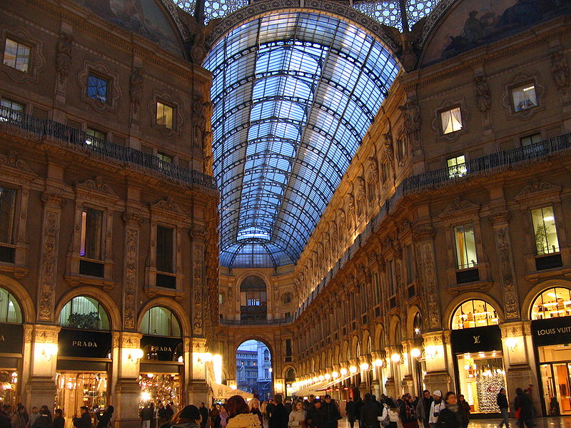 File:Galleria Vittorio Emanuele II - evening.jpg