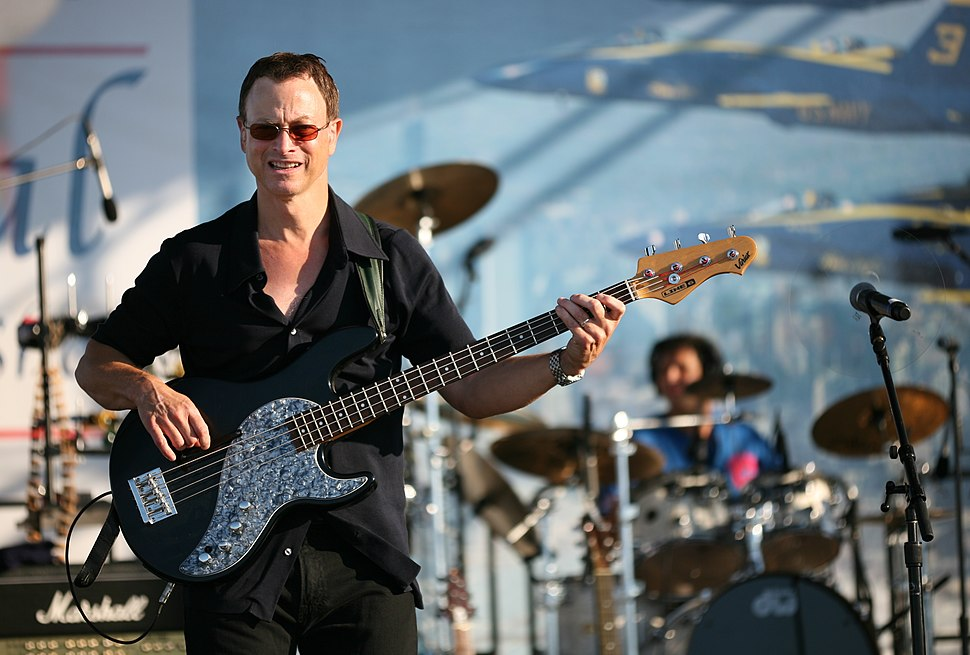 Gary Sinise on stage 1 crop