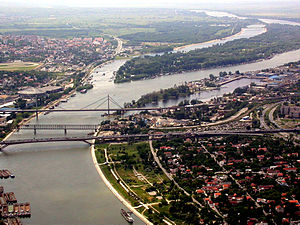 Gazela Bridge - Overview of the three Belgrade bridges: Gazela Bridge, Old Railroad Bridge, and New Railroad Bridge.