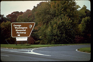 George Washington Memorial Parkway GEME8262.jpg