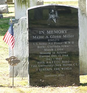 Grove Street Cemetery - Monument to Glenn Miller, who formed the 418th Army Air Forces Band at Yale, and made New Haven his headquarters for concerts, parades and his radio show.
