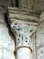 Gournay-en-Bray (76), collégiale St-Hildevert, chapelle du croisillon sud, chapiteau dans l'angle sud-est.jpg
