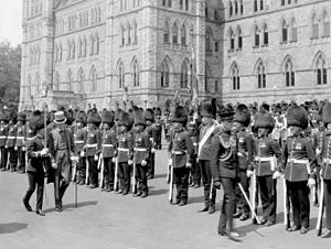 Freeman Freeman-Thomas, 1st Marquess of Willingdon - The Viscount Willingdon inspects the Governor General's Foot Guards on Parliament Hill as part of the Dominion Day celebrations, 1927, the 60th jubilee of Canadian confederation