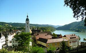 Grein, Austria - Image: Grein Donaublick