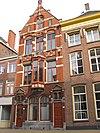 foto van Herenhuis in neo-gotische bouwstijl