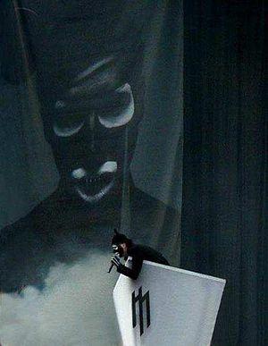 Marilyn manson banda wikiwand manson ao vivo no rock am ring durante a grotesk burlesk tour 2003 fandeluxe Gallery