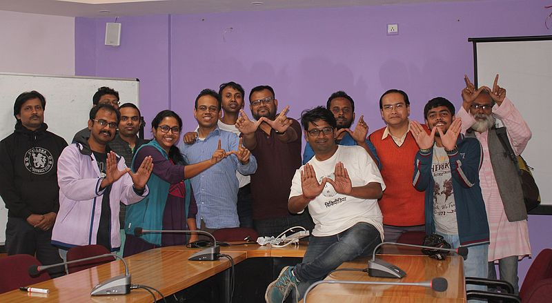চিত্র:Group photo of Mini Train the Trainer and MediaWiki Training Proramme - Kolkata 2017-01-08 by SumitaRoyDutta 7228.jpg