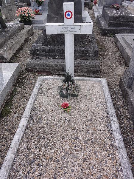 Grugies (Aisne) cimetière, tombe de guerre 1914