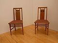Gustave Serrurier-Bovy-Deux chaises.jpg