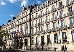 Le Grand hôtel la Cloche à Dijon.
