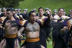 The Amazing Race 13 - In Auckland, teams searched among hundreds of dancing Māori warriors for one with a specific facial tattoo.