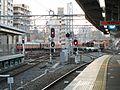 Hanshin Amagasaki Station platform - panoramio (13).jpg