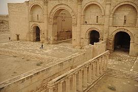 Hatra-Ruins-2008-9