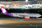 Hawaiian Airlines A330-200 N382HA HND 2011-10-25.png