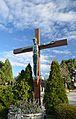 Hietzinger Friedhof - cemetery cross.jpg