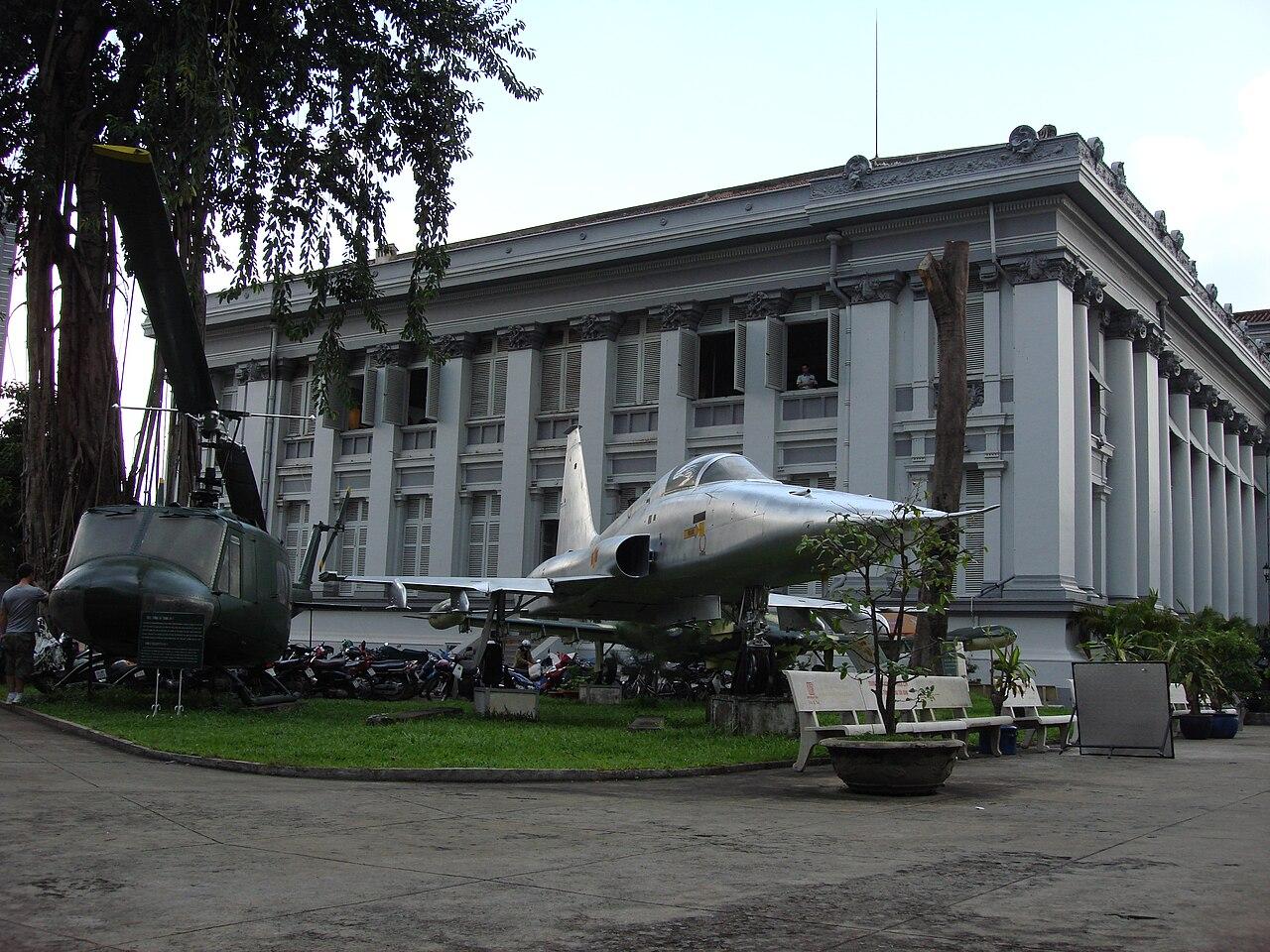 File Ho Chi Minh City Museum Jpg Wikimedia Commons