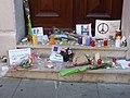 Hommage aux victimes des attentats du 13 novembre 2015 en France au Consulat de France de Genève-44.jpg