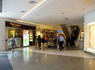 Hysan Place - Image: Hysan Place Level 4 201208